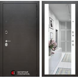 Стальная дверь Лабиринт SILVER Максимум с зеркалом (Белый софт)