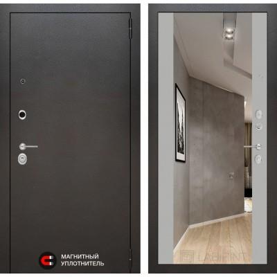 Стальная дверь Лабиринт SILVER с зеркалом (Грей софт)