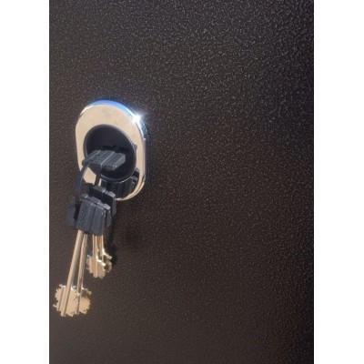 Стальная дверь Лабиринт SILVER 11 (Белый софт)