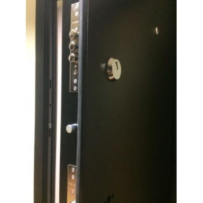 Дверь Лабиринт Classic 01 (Шагрень черная / Сандал белый)