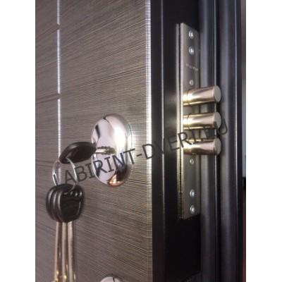 Стальная дверь Лабиринт SCANDI с зеркалом (Акация светлая)